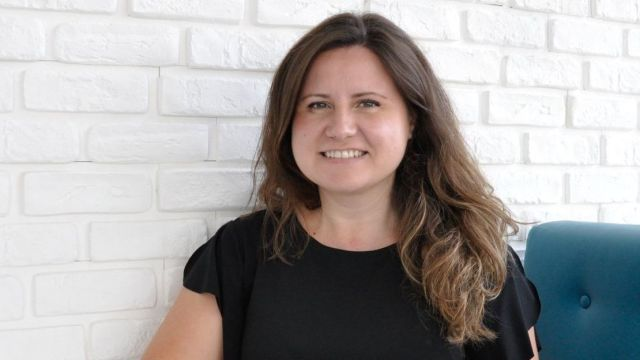 Daring to Change the Game: Cristina, from Teaching to Customer Support